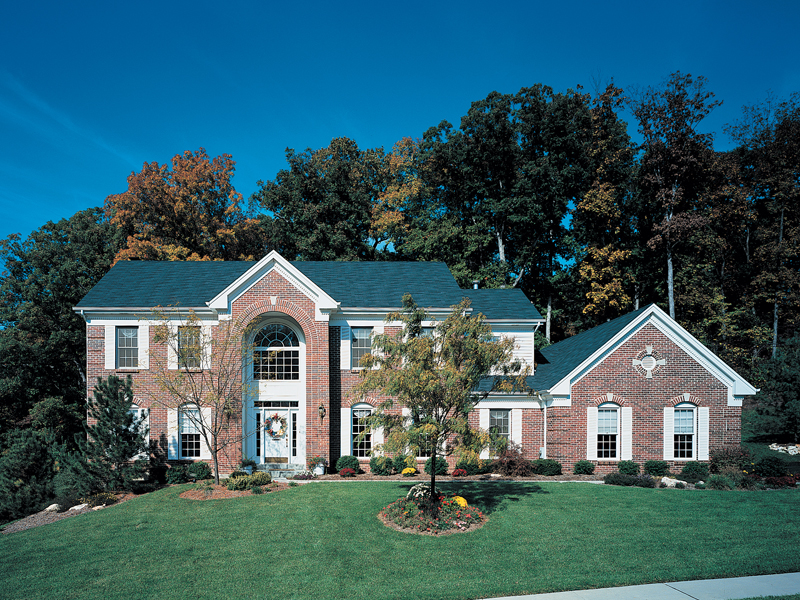 Traditional Expansive Home
