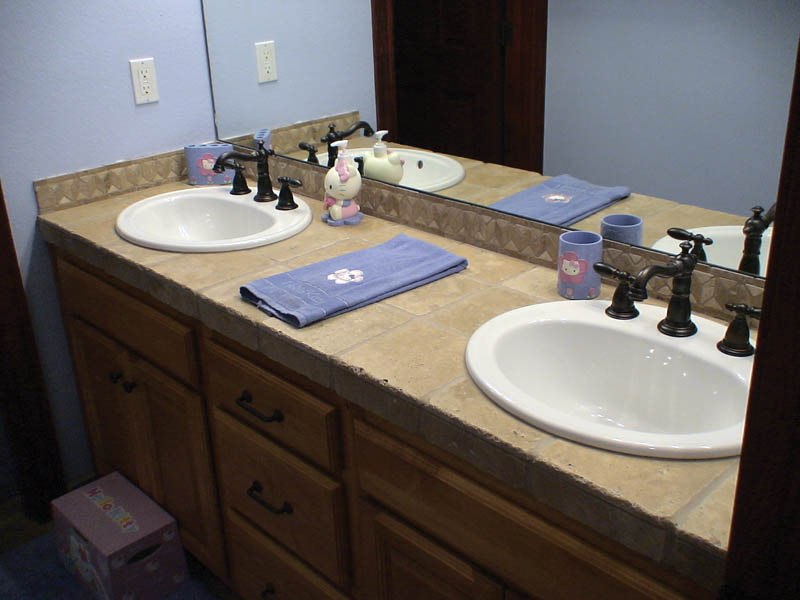 European House Plan Bathroom Photo 01 - Harrisburg Lake Craftsman Home 011D-0043 | House Plans and More