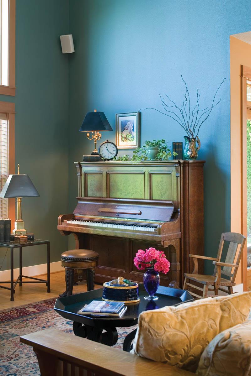 Craftsman House Plan Living Room Photo 01 - Grandboro Craftsman Home 011D-0169 | House Plans and More