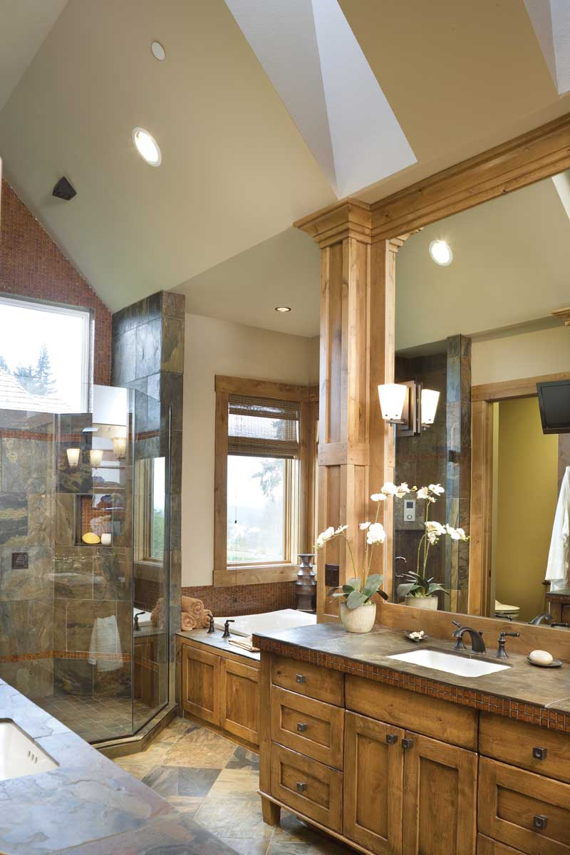 Luxury House Plan Master Bathroom Photo 03 - Cliffwood Trail Lodge Home 011S-0001 | House Plans and More