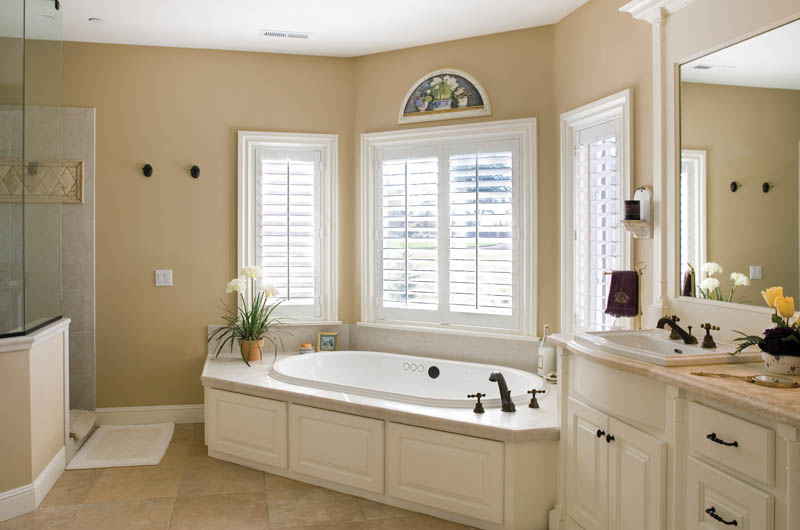 Country French House Plan Master Bathroom Photo 02 - Castlton European Grandeur Home 011S-0002 | House Plans and More