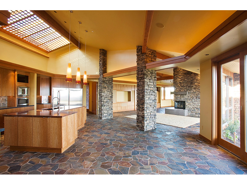 Luxury House Plan Great Room Photo 02 - Crane Grove Ranch Home 011S-0003 | House Plans and More