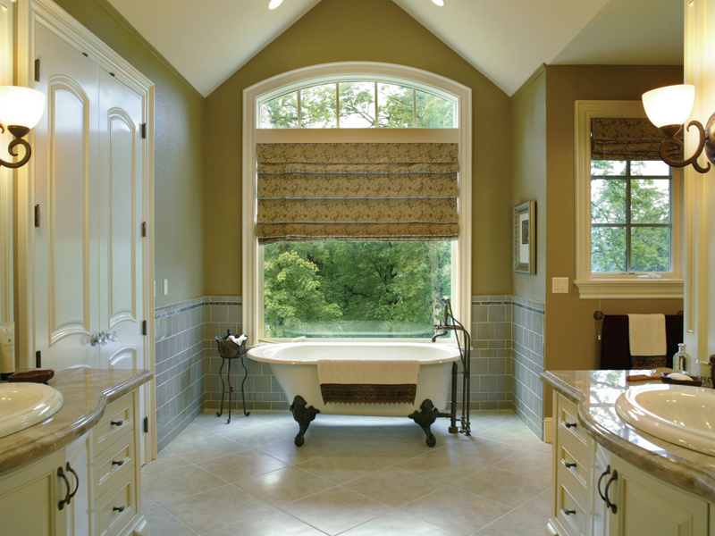Traditional House Plan Master Bathroom Photo 01 - Champlain Luxury Home 011S-0004 | House Plans and More