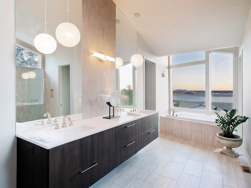 Waterfront House Plan Master Bathroom Photo 03 - Castlerock Manor Luxury Home 011S-0018 | House Plans and More