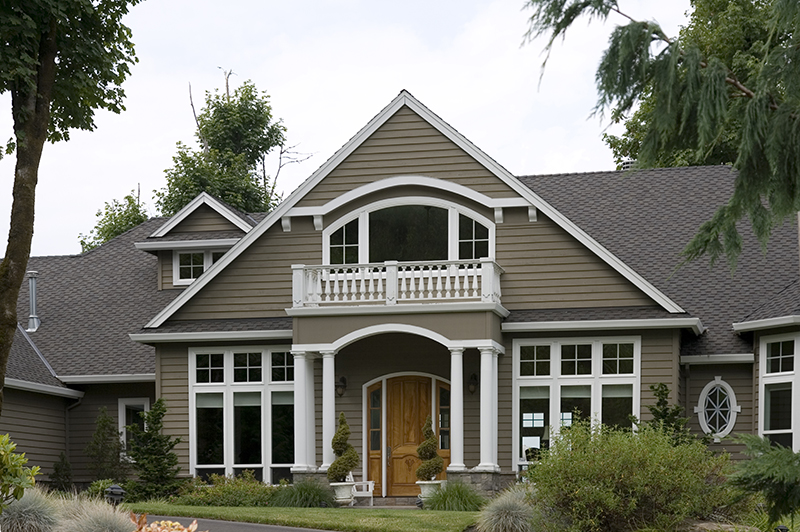 Craftsman House Plan Front Photo 02 -  011S-0073 | House Plans and More