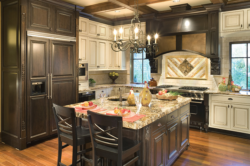 Lake House Plan Kitchen Photo 02 - Patterson Luxury Craftsman Home 011S-0087 | House Plans and More