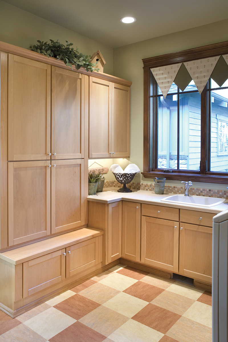 Lake House Plan Laundry Room Photo - Patterson Luxury Craftsman Home 011S-0087 | House Plans and More