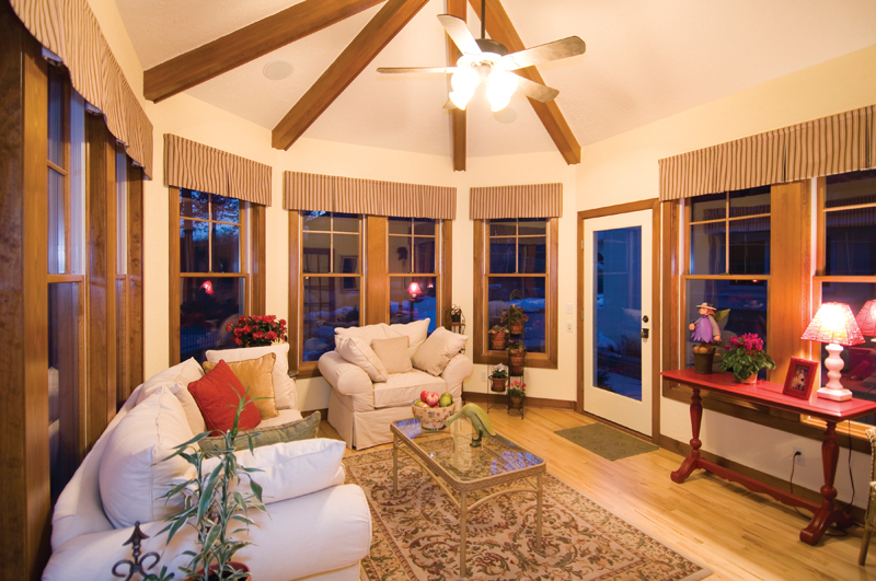 Traditional House Plan Sitting Area Photo - Winborn Luxury Home 013S-0001 | House Plans and More