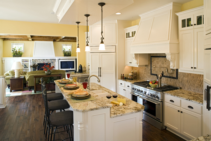 Luxury House Plan Kitchen Photo 02 - Clarksdale Luxury Home 013S-0008 | House Plans and More