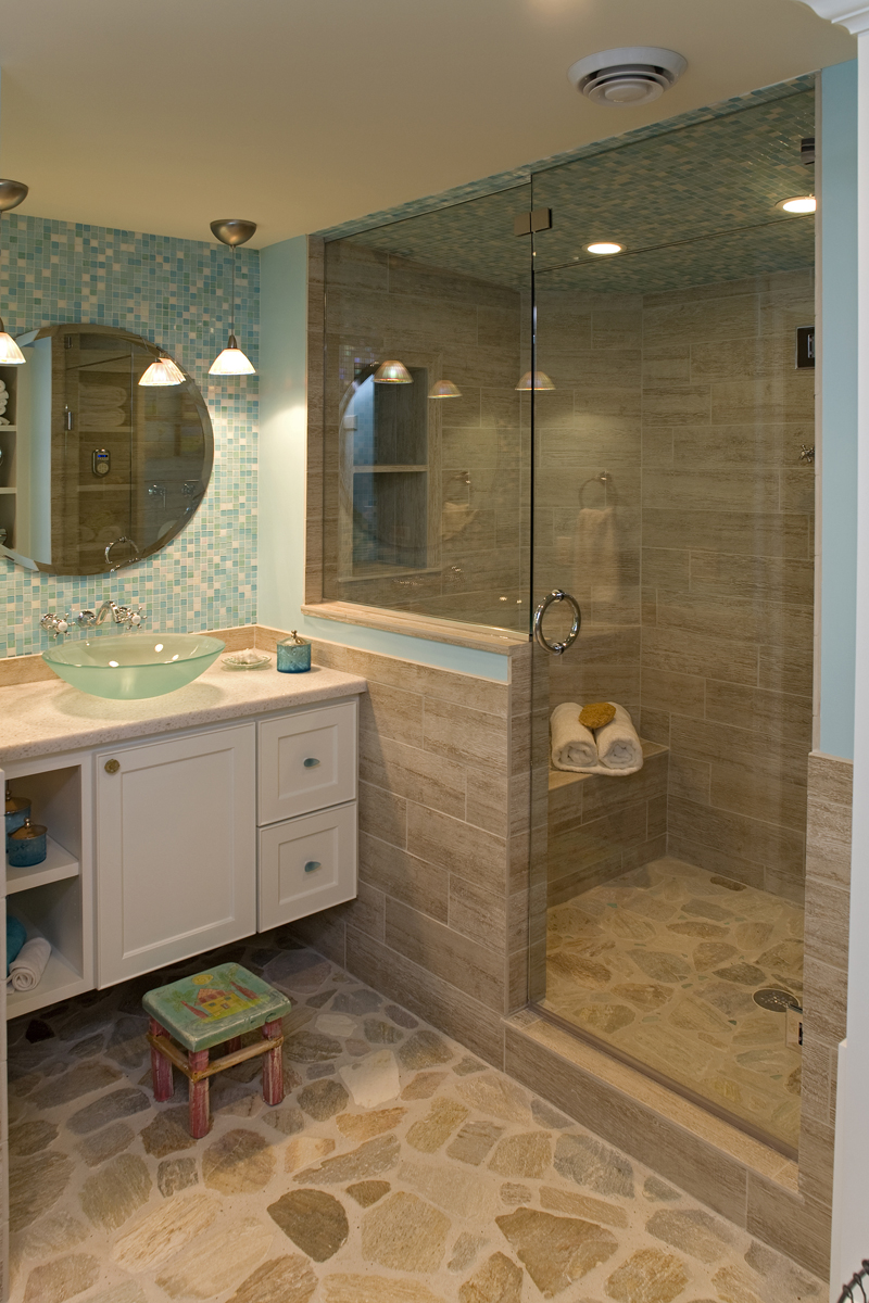 Luxury House Plan Bathroom Photo 01 - Avalon Place Luxury Home 013S-0014 | House Plans and More