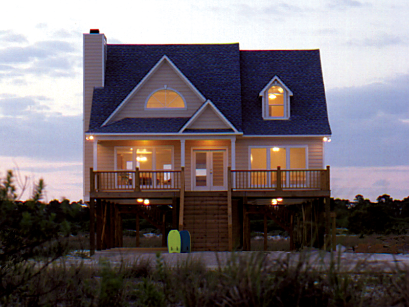 Ideal Vacation Style Home For Views