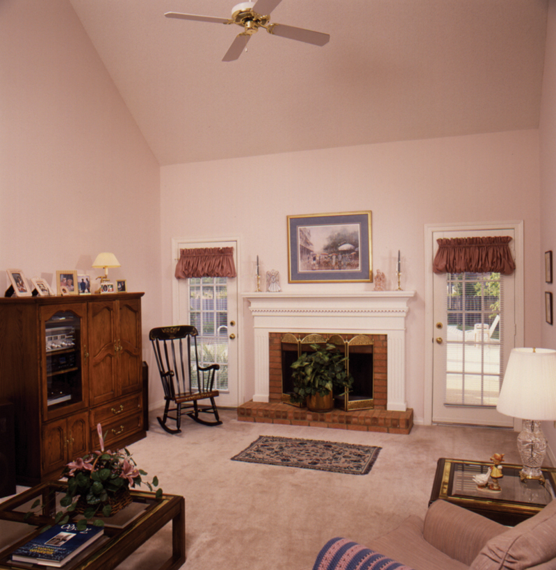 Saltbox House Plan Living Room Photo 01 - Fort Mill Country Salt Box Home 024D-0042 | House Plans and More
