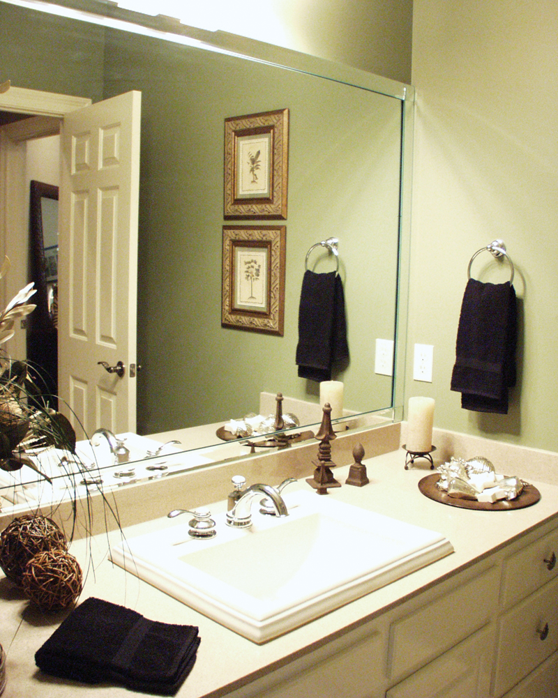European House Plan Bathroom Photo 02 - Cross Hill Craftsman Farmhouse 024D-0062 | House Plans and More