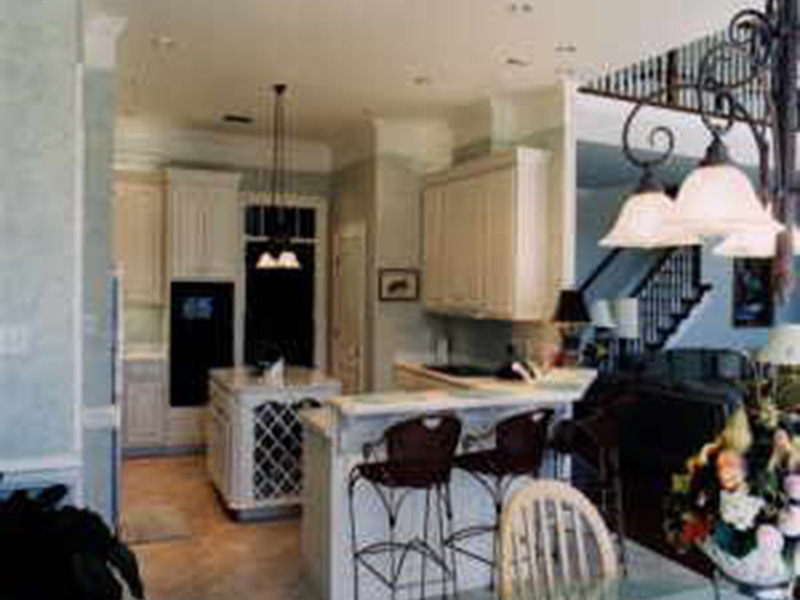 Kitchen Photo 04 -  024D-0638 | House Plans and More