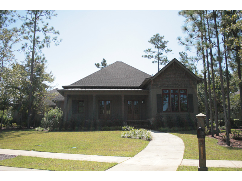 Front Photo 01 - 024D-0820 | House Plans and More