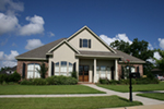 Arts & Crafts House Plan Front of House 024D-0824