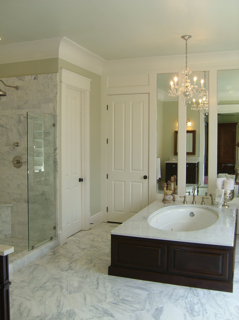 Lowcountry House Plan Master Bathroom Photo 03 - Burkitt Raised Luxury Home 024S-0022   House Plans and More