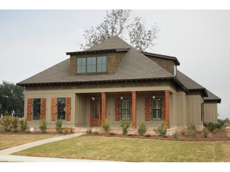 Traditional House Plan Front of Home - Hamilton Creek Green Home 024S-0024 | House Plans and More
