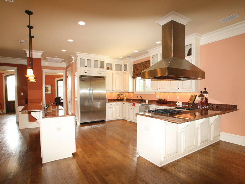 Arts & Crafts House Plan Kitchen Photo 14 - Briley Southern Craftsman Home 024S-0025 | House Plans and More