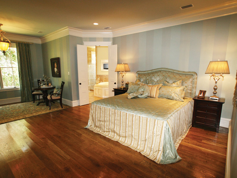 Arts & Crafts House Plan Master Bedroom Photo 03 - Briley Southern Craftsman Home 024S-0025 | House Plans and More