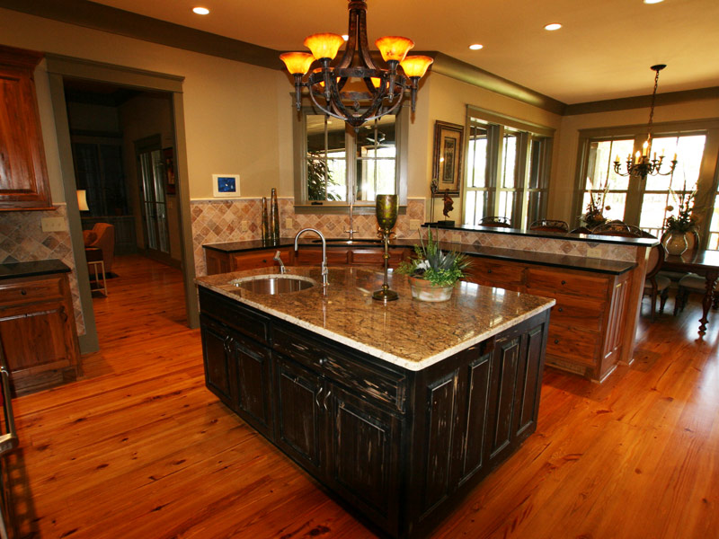 Luxury House Plan Kitchen Photo 04 - Dickerson Creek Rustic Home 024S-0026 | House Plans and More