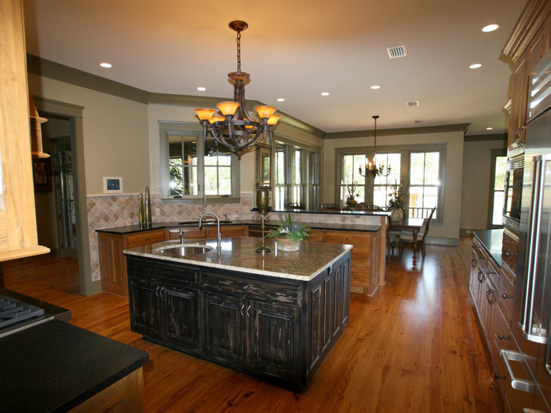 Luxury House Plan Kitchen Photo 05 - Dickerson Creek Rustic Home 024S-0026 | House Plans and More