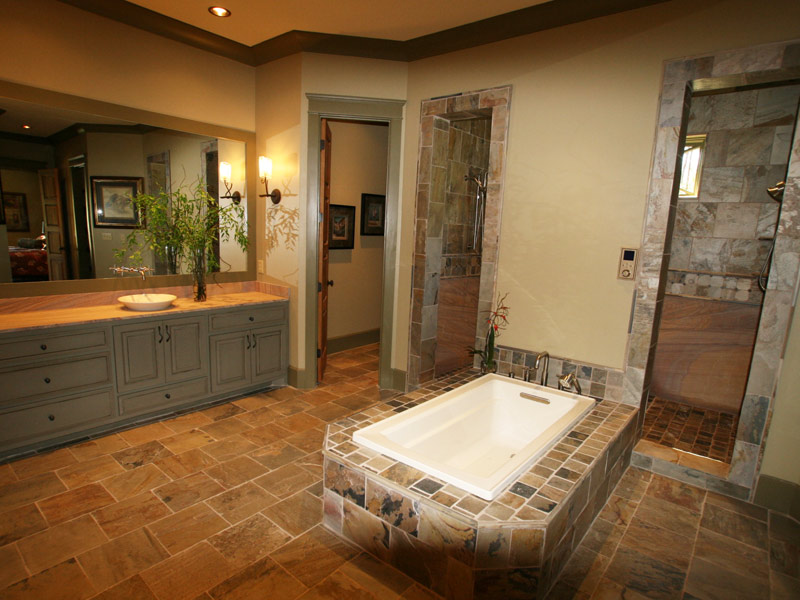 Luxury House Plan Master Bathroom Photo 01 - Dickerson Creek Rustic Home 024S-0026 | House Plans and More