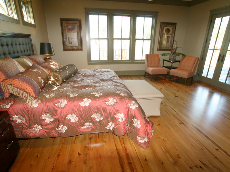 Luxury House Plan Master Bedroom Photo 04 - Dickerson Creek Rustic Home 024S-0026 | House Plans and More