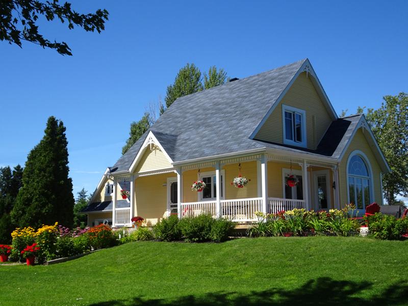 Peaceful, Charming Cottage Design