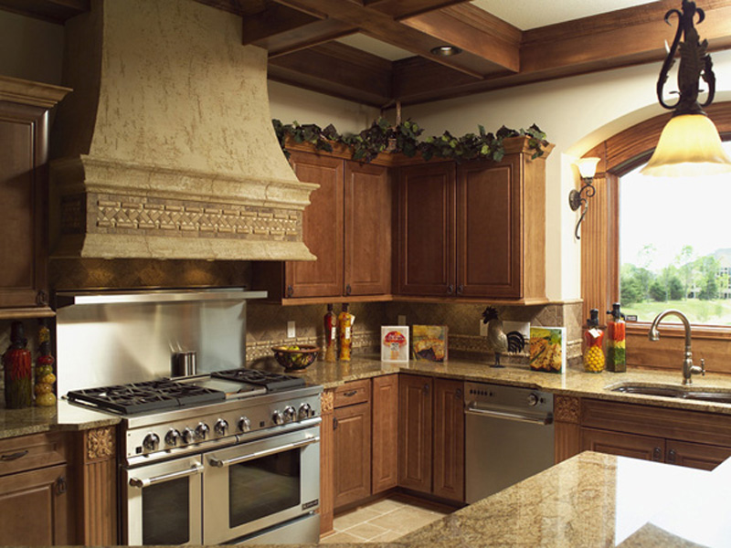 Sunbelt Home Plan Kitchen Photo 02 - Hamburg Hill Luxury Home 051D-0544 | House Plans and More