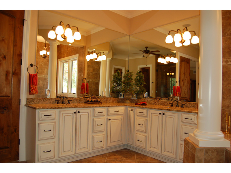 Southwestern House Plan Master Bathroom Photo 03 - 051D-0994 | House Plans and More