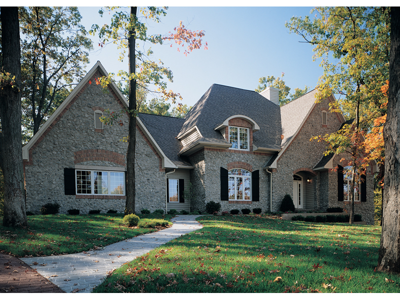Inviting family home loaded with curb appeal thumbnail.