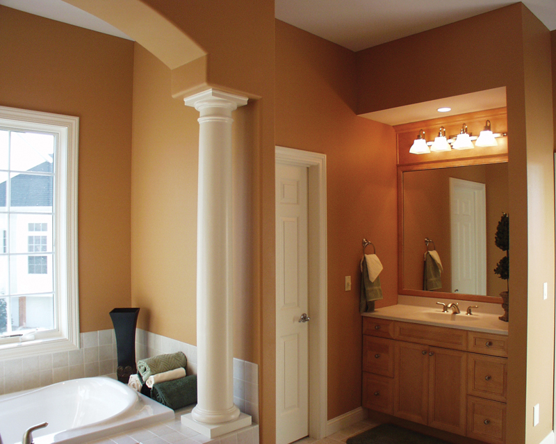 Colonial House Plan Master Bathroom Photo 01 - Roberto Traditional Home 051S-0093 | House Plans and More