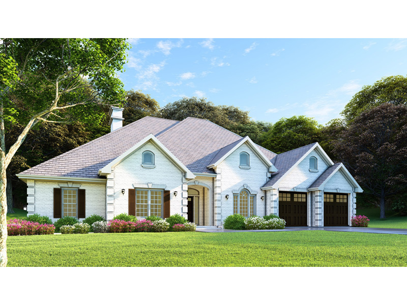 Traditional House Plan Front Photo 03 - Luxury One Story House | Traditional Ranch House