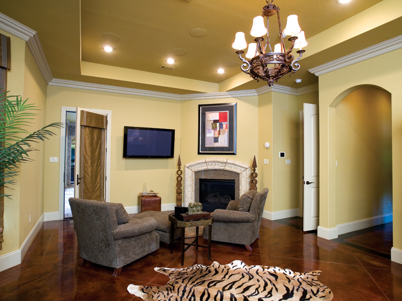 Traditional House Plan Family Room Photo 01 - Glenvalley Luxury Home 055S-0036 | House Plans and More