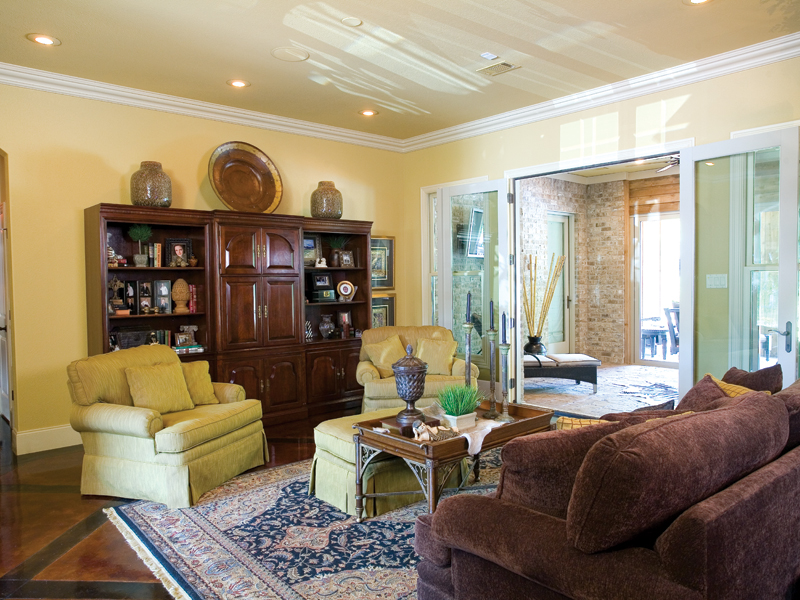 Traditional House Plan Living Room Photo 02 - Glenvalley Luxury Home 055S-0036 | House Plans and More