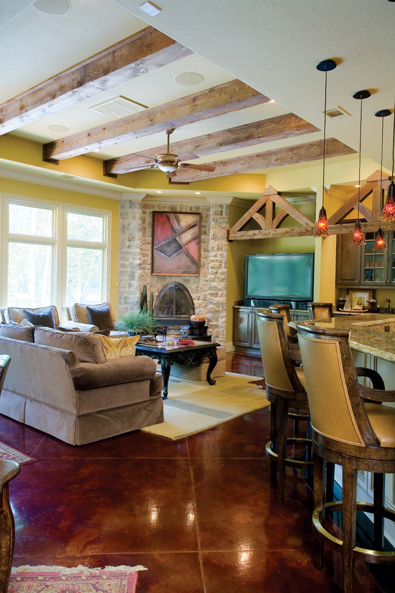 Traditional House Plan Living Room Photo 03 - Glenvalley Luxury Home 055S-0036 | House Plans and More