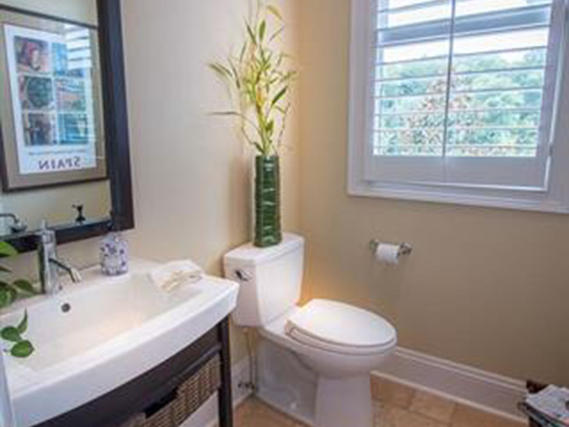 Neoclassical Home Plan Bathroom Photo 03 -  060D-0535   House Plans and More