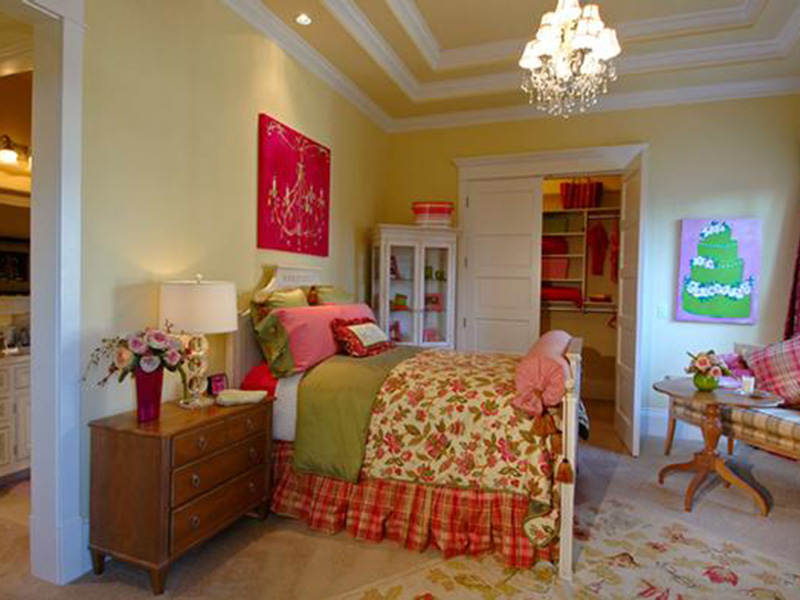 Traditional House Plan Bedroom Photo 01 - Horton Manor Luxury Home 071S-0001 | House Plans and More