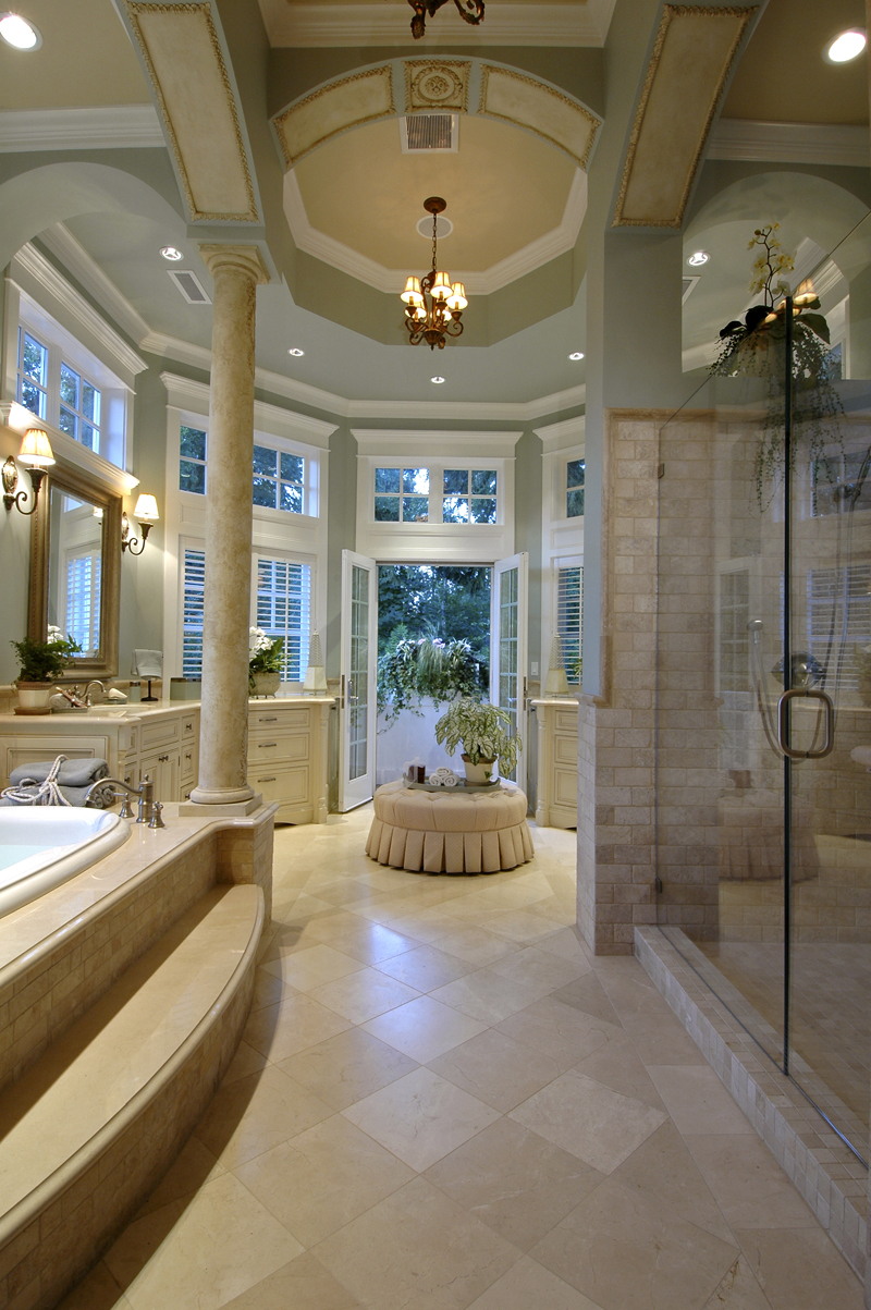 Traditional House Plan Master Bathroom Photo 02 - Horton Manor Luxury Home 071S-0001 | House Plans and More