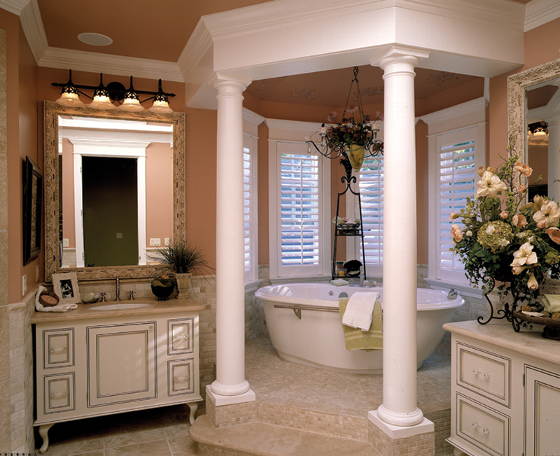 European House Plan Master Bathroom Photo 01 - Geyer Victorian Home 071S-0007 | House Plans and More