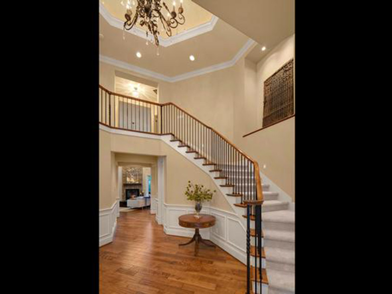 Craftsman House Plan Stairs Photo - Longhorn Creek Rustic Home 071S-0012 | House Plans and More