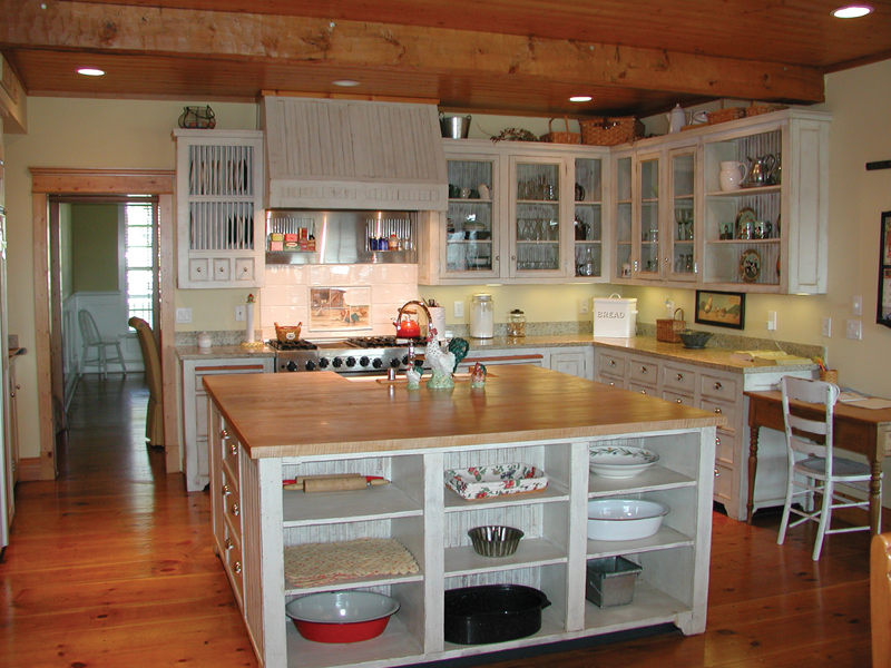 Country House Plan Kitchen Photo 01 - Appiam Way Luxury Country Home 071S-0044 | House Plans and More