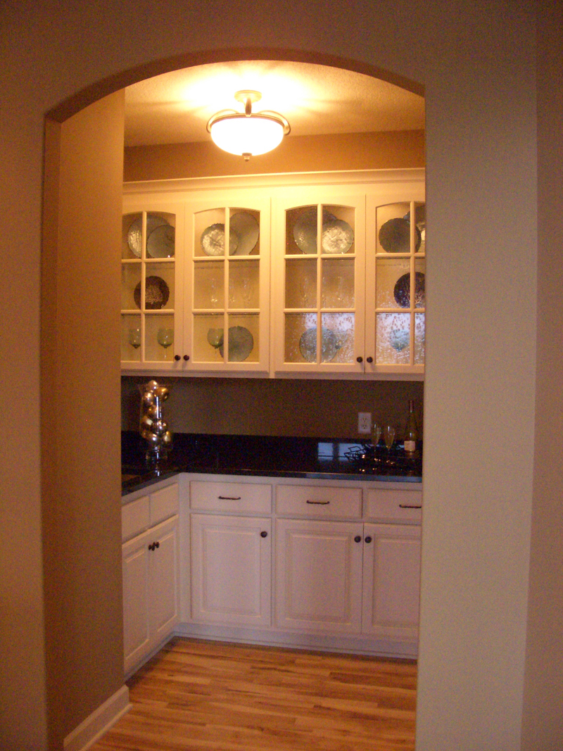 Arts & Crafts House Plan Kitchen Photo 04 - Edsel Arts And Crafts Home 072S-0003 | House Plans and More