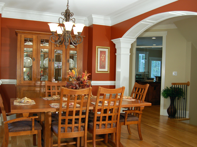 Luxury House Plan Dining Room Photo 01 - Lemonwood Arts And Crafts Home 076D-0204 | House Plans and More