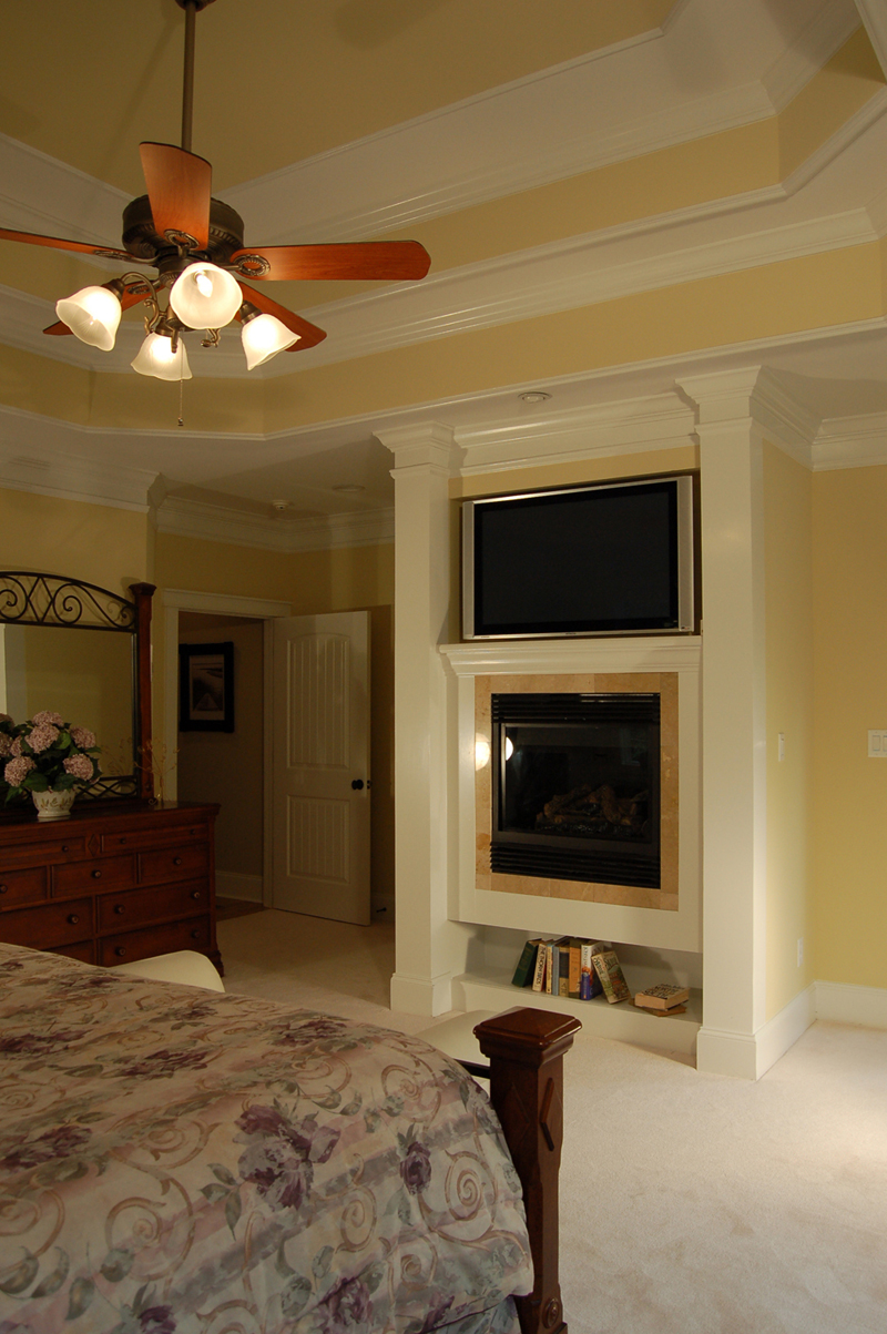 Luxury House Plan Master Bedroom Photo 02 - Lemonwood Arts And Crafts Home 076D-0204 | House Plans and More