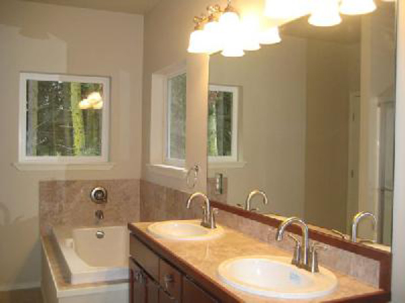 Craftsman House Plan Master Bathroom Photo 01 - Ridgeforest Craftsman Home 077D-0138 | House Plans and More