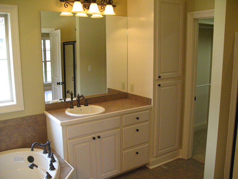Farmhouse Plan Master Bathroom Photo 03 - Westover Lane Country Home 077D-0264 | House Plans and More