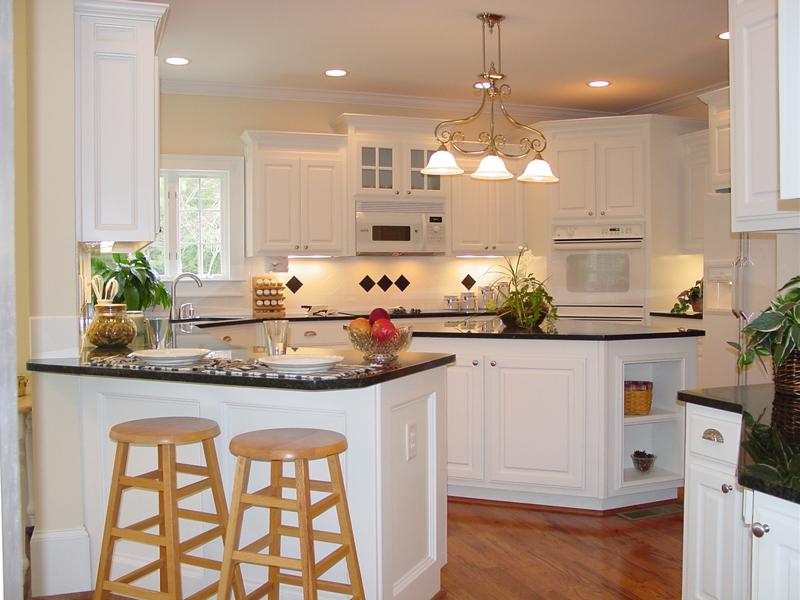Traditional House Plan Kitchen Photo 01 - Drew Plantation Southern Home 111D-0025 | House Plans and More